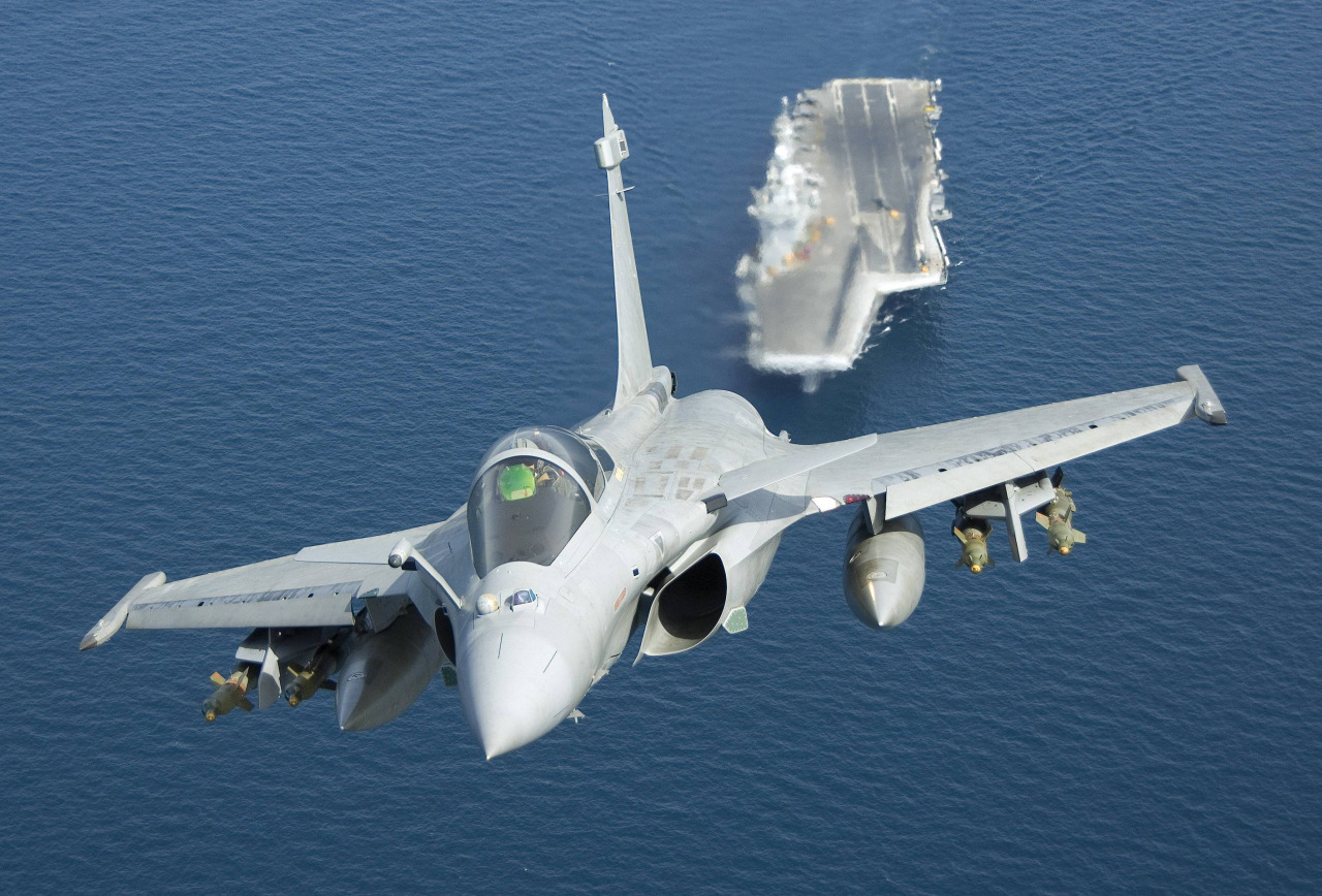 Carrier Borne Fighters – the need of the hour for Indian Navy