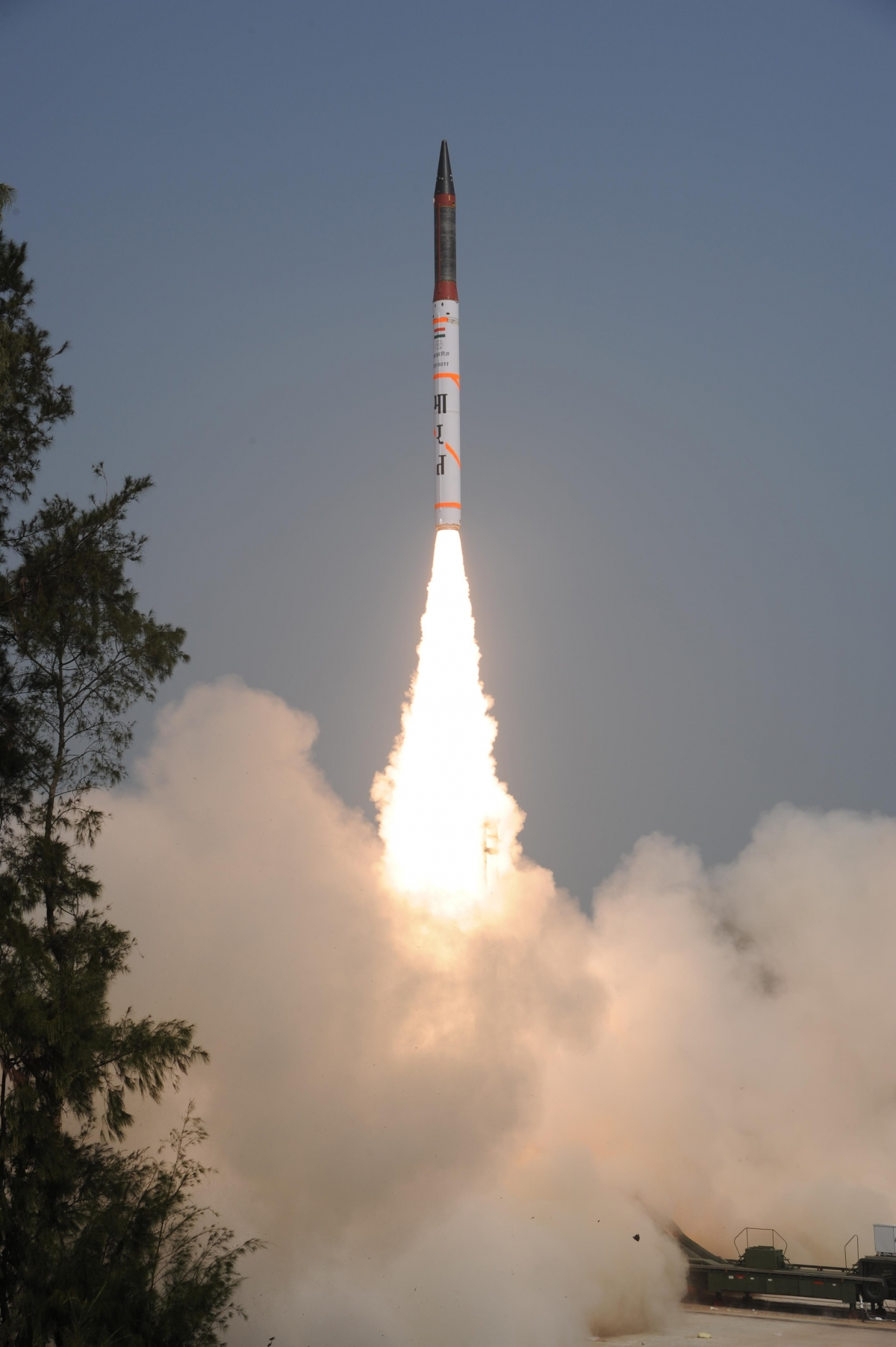 India Successfully test fires Agni – IV Nuclear Capable Ballistic Missile