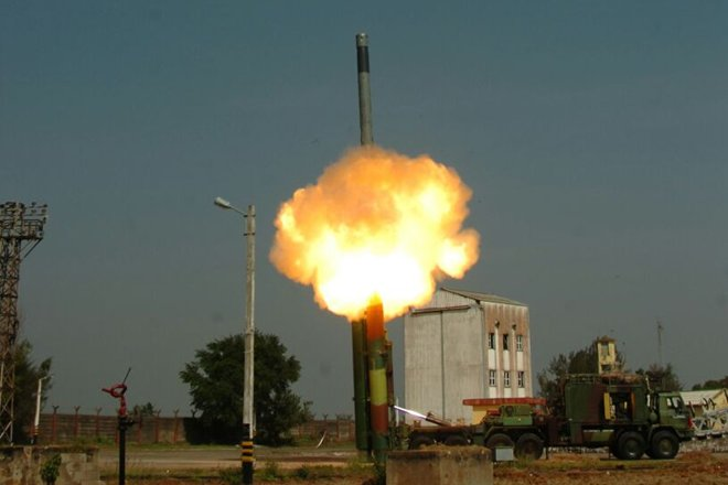 India successfully test fires a new variant of BrahMos Missile dubbed the BrahMos ER with a strike range of 450 Kilometres.